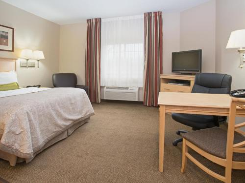 Candlewood Suites - Peoria at Grand Prairie