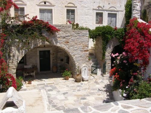 Zeus House Filoti Naxos
