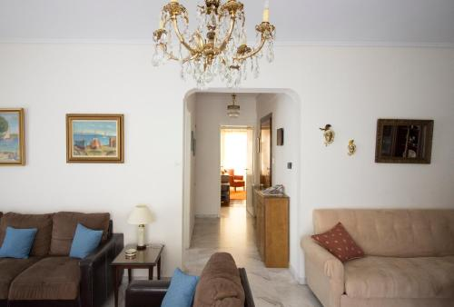 Two-Bedroom Apartment-Paleo Faliro
