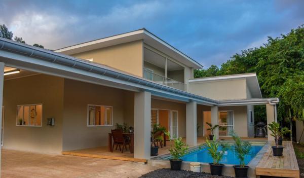 LeoMae Rarotonga
