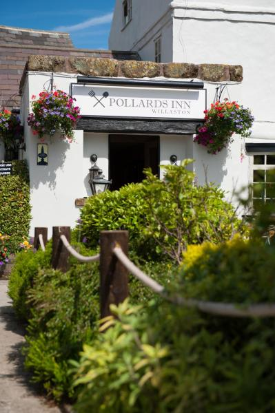 Pollards Inn in Willaston, Cheshire, England