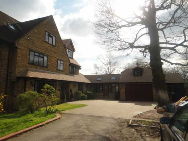 The Oaks Guest House in Barnet, Greater London, England