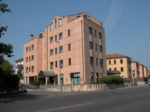 Hotel Borghetti