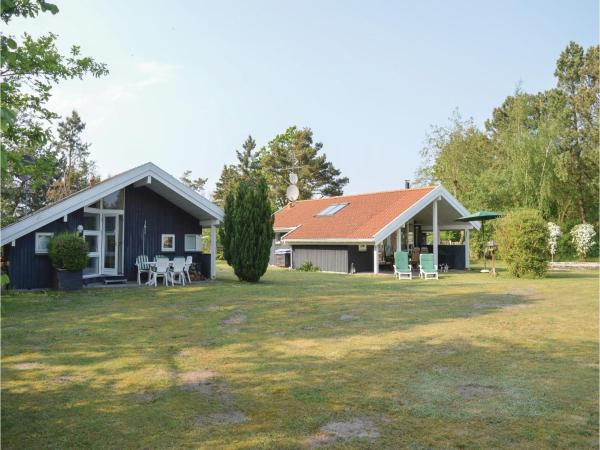 Holiday Home Hundested with Hot Tub I