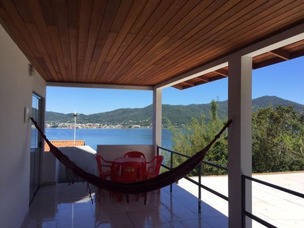 Casa com 2 suítes na Lagoa