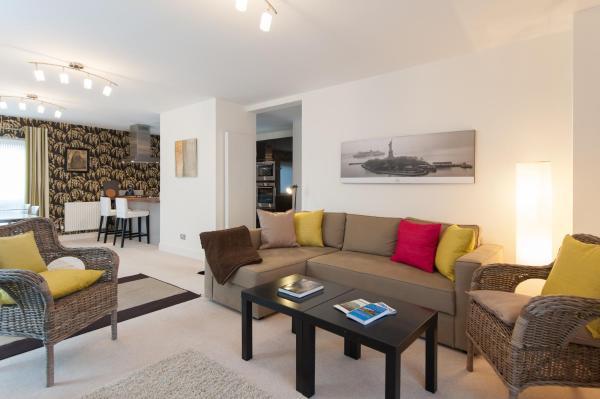 Edinburgh City Residences by Reserve Apartments