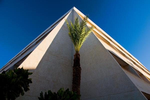 Apartamentos Pirámides