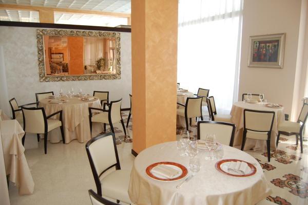 Grand Hotel Moroni V Finale Ligure Pensionhotel