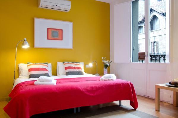 Ripoll Apartments