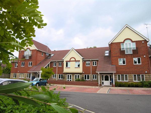 Berkshire Rooms Ltd - Gray Place in Bracknell, Berkshire, England
