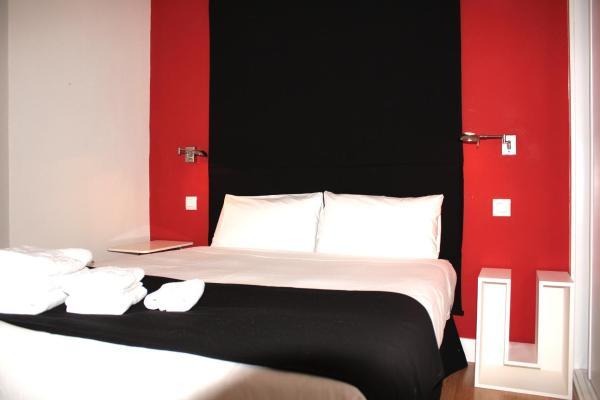 Metropol Rooms