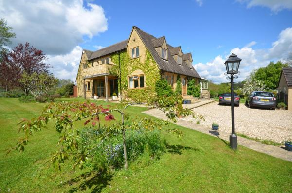 Woodland Guesthouse in Stow on the Wold, Gloucestershire, England