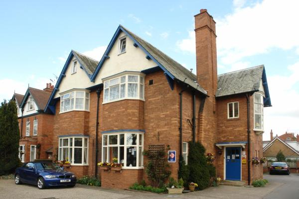 Midway Guest House in York, North Yorkshire, England