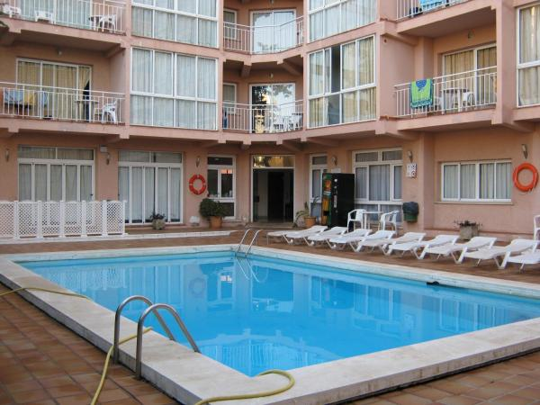 Apartamentos El Velero