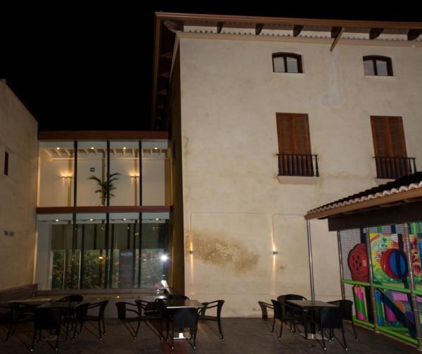 Hotel Restaurante Casa Blava