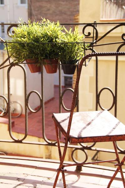 Near Paseo de Gracia Apartments