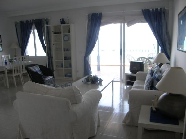 Apartamentos Los Erizos-Playa Blanca