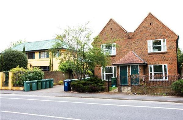 Flat 4 Summertown Court in Oxford, Oxfordshire, England
