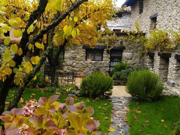 Casa Rural Rio Zambullon