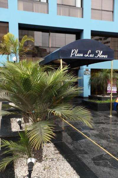 Suites Plaza Las Flores