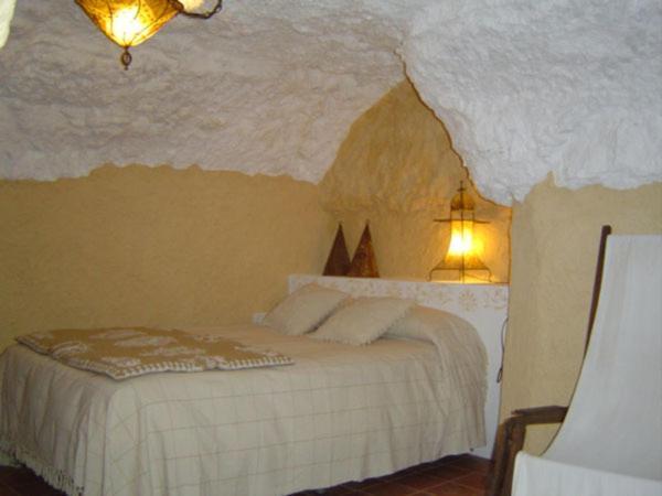 Cueva La Hornacina
