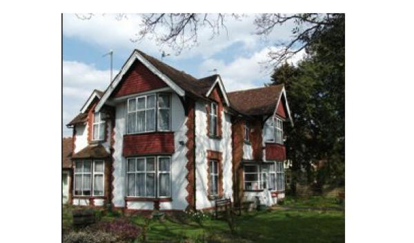 Lenton Lodge Guest House in Horley, Surrey, England