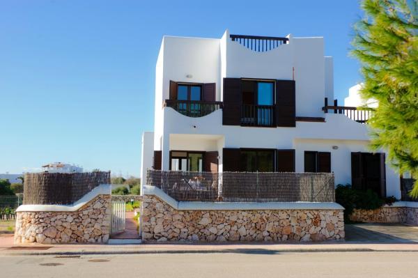 Mar i Mar House