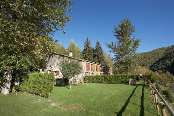 Apartamentos Rurales Les Barnedes