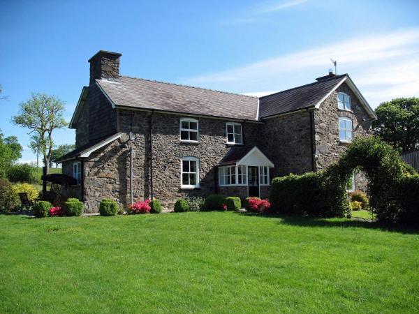 Gwaenynog Farmhouse in Llanwddyn, Powys, Wales