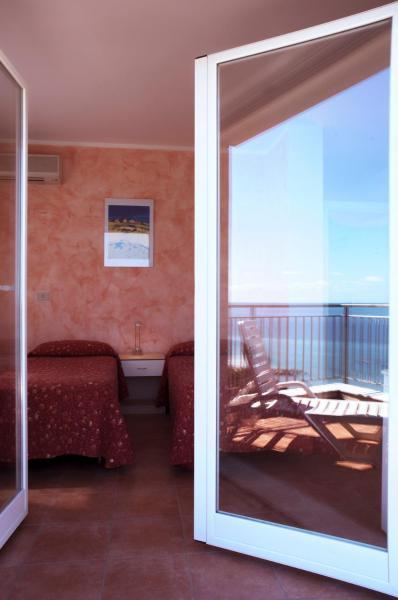 Villa a Laigueglia in riva al mare affitto 2 settimane