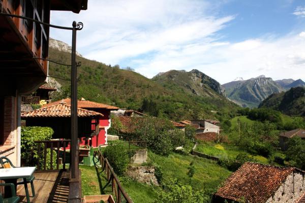 Casa Rural La Riba