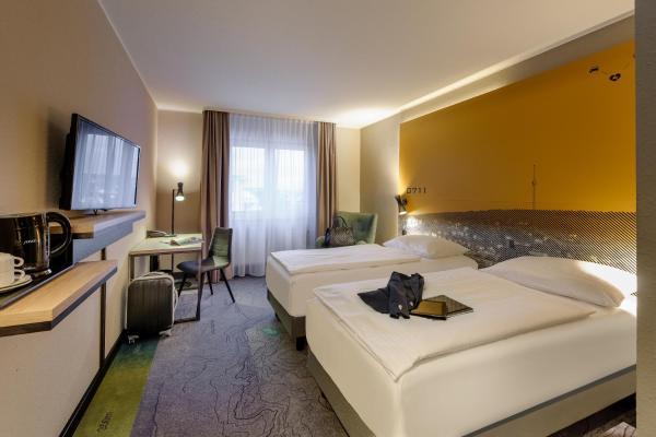 Hotel Golden Leaf, 70435 Stuttgart-Zuffenhausen