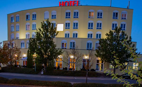 Hotel Belmondo, Hotel in Wiedemar bei Bad Düben