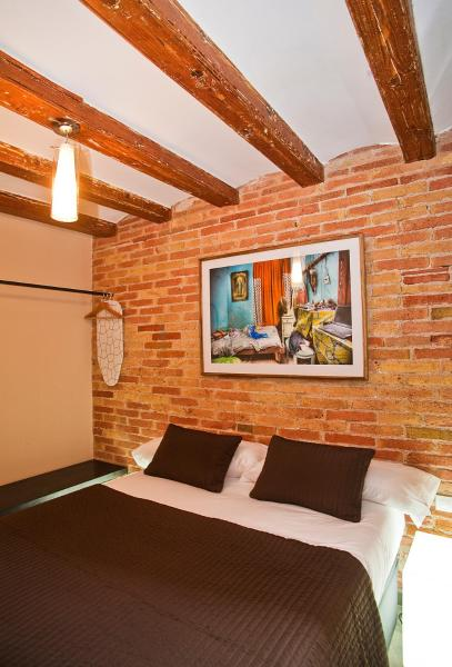 Art Gallery Apartments