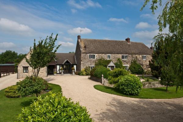 Swinford Manor Farm B & B in Eynsham, Oxfordshire, England