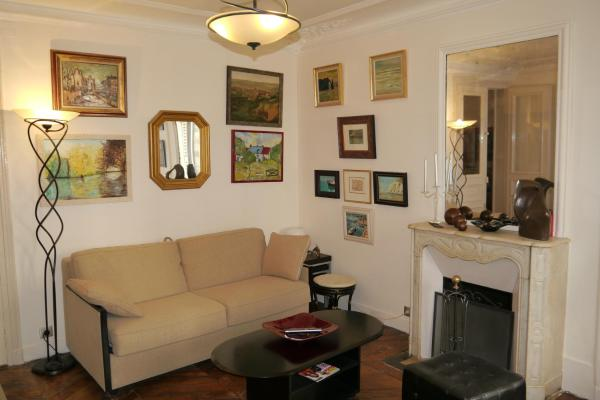 Cosy Apartment In Montmartre
