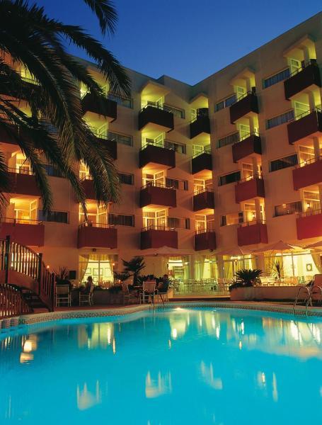 Monica Hotel