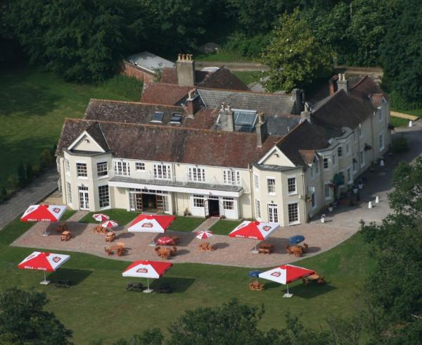 Tyrrells Ford Hotel in Christchurch, Hampshire, England