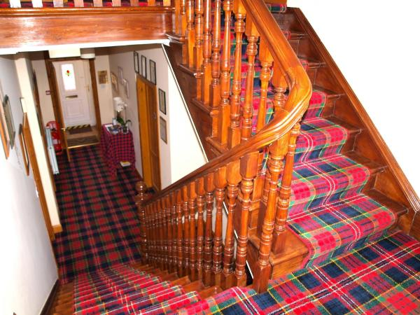 Knight's Rest Guest House in Airdrie, North Lanarkshire, Scotland