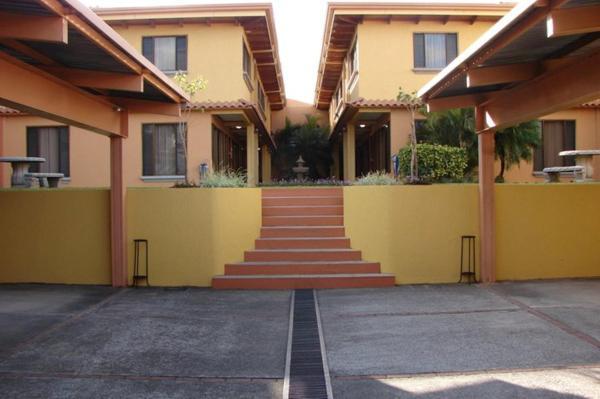 Residencias Villas Torres del Campo_1