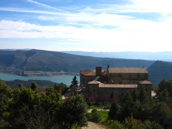 Hotel Monasterio de Leyre