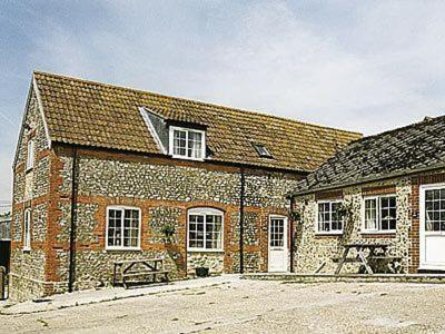 Stable Cottage in Wootton Fitzpaine, Dorset, England