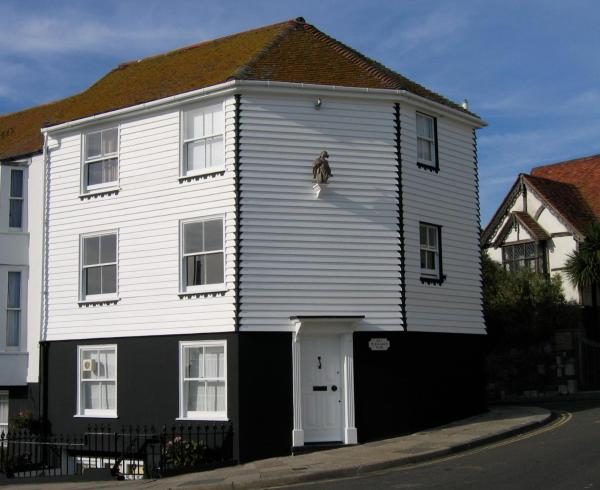 The Cavalier House B&B in Hastings, East Sussex, England