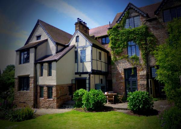 Brayne Court Bed and Breakfast in Little Dean, Gloucestershire, England