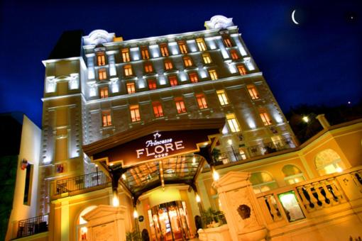 Hotel Princesse Flore Overnatting Pa Hotell Royat Pensionhotel