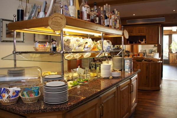 Hotel Schone Aussicht Hotels Niederwasser Pensionhotel