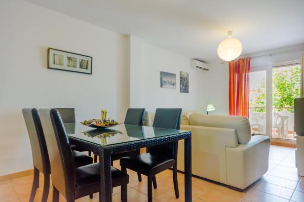 Apartamentos O2 Conil