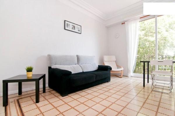 Cozy Apartment near Sagrada Familia