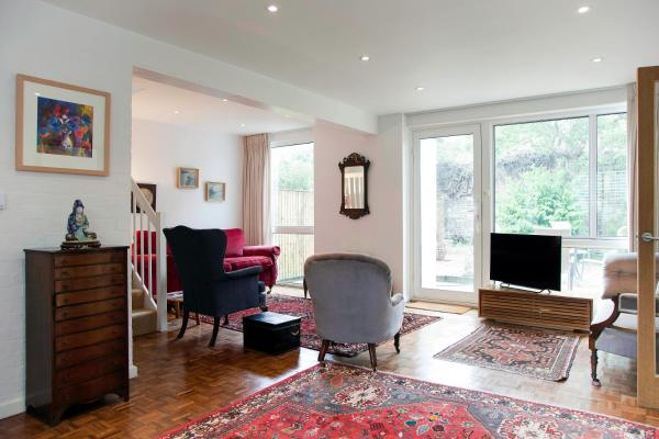 3 Bed House - Putney in London, Greater London, England