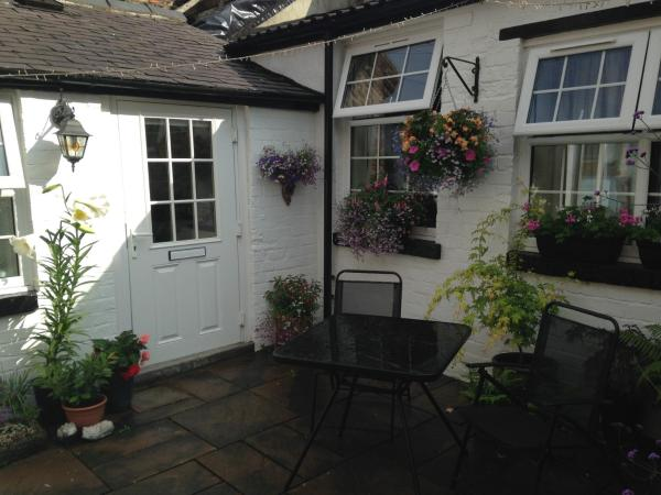 Courtyard Cottage in Knaresborough, North Yorkshire, England